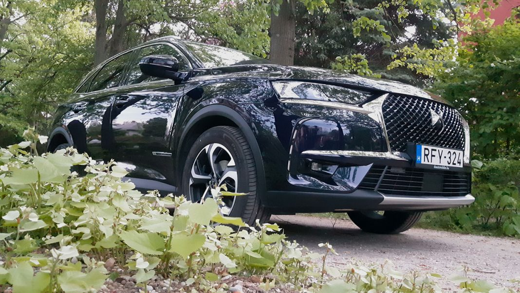 DS7 Crossback BlueHDi 180 EAT8