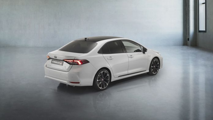 Toyota Corolla Sedan GR Sport Sedan